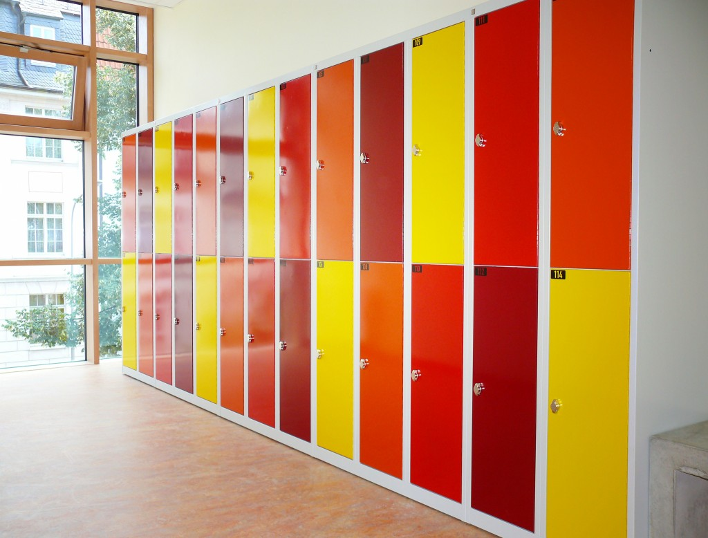 Garderobenschrank Fächer für Schule in Konfetti Farben