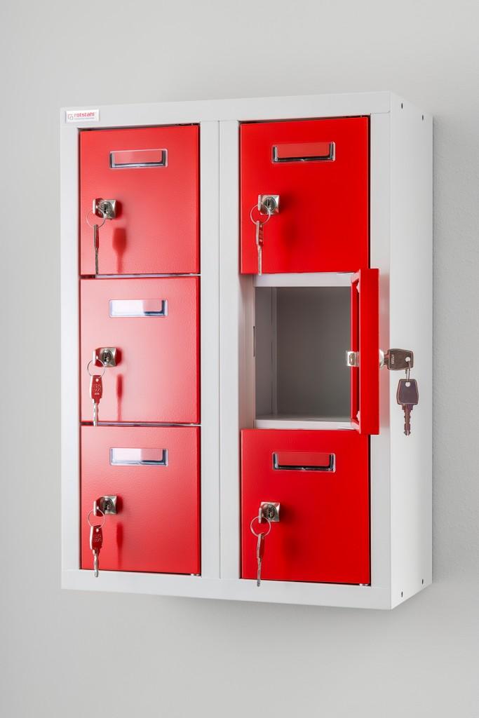 Kompakter Minifächerschrank für Handy, Schlüssel und Geldbörse von rotstahl®. Abschließbare kleine Schließfächer serienmäßig mit Zylinderschloss oder Drehriegel ausgestattet.