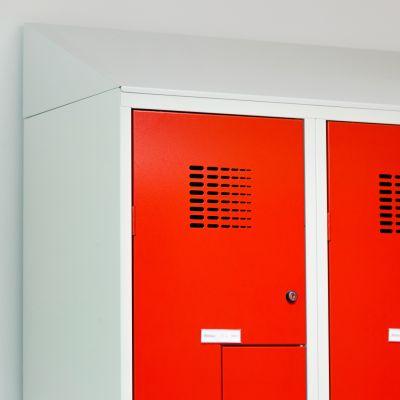 Z-Spinde mit Schrägdach und Struckturlack in rot