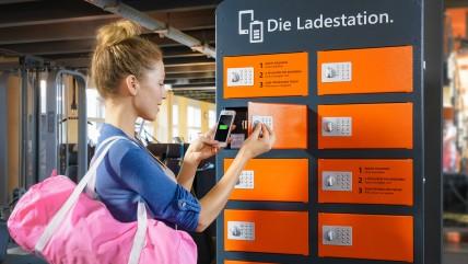 Die Ladestation für Fitness-Studios - Handy einlegen und der Akku wird geladen