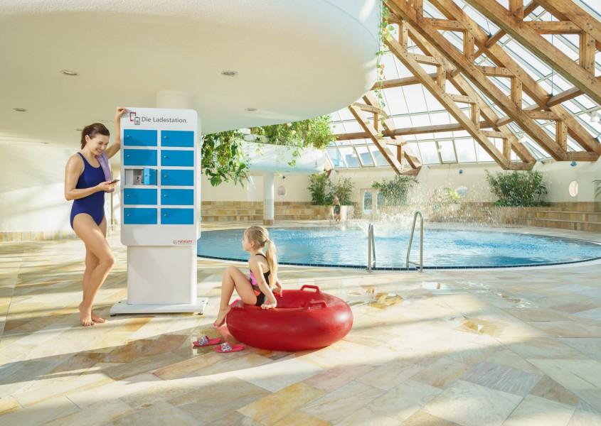 Handy-Ladestation für Badegäste