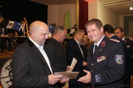 Rotstahl als Förderer der Feuerwehr ausgezeichnet