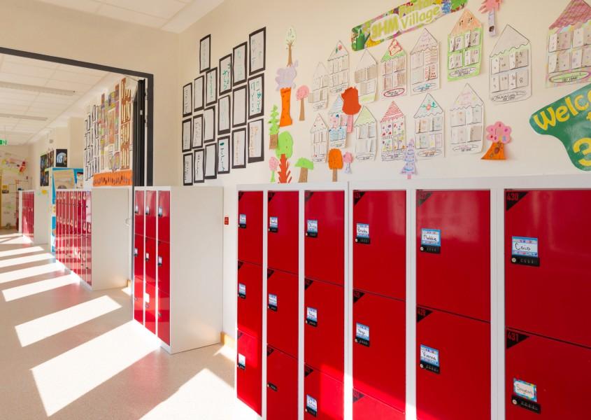 Fächerschränke in der International School Frankfurt   rotstahl®